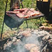Un beau dimanche de Pâques au terrain...merci @veaudormetz pour la viande! On a testé et validé le pont de chauffe de @petromax.germany vraiment super pratique! #metz #metzville #randonnée #camping #bivouac #outdoor #cooking #conceptstore #feu #cheminee #vanlife #cocooning #bushcraft #bushcrafting #trip #travel #iamdragon #barbecue #cuisine #marmite #petromax #petromaxgermany #promenonsnous #promenonsnous_shop #barbecue #barbecuetime #bbq #bbqlovers #bbqtime