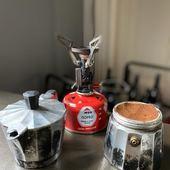 Une petite présentation du réchaud à gaz Pocket Rocket Deluxe de chez MSR 😍 L'atout principal est son poids plume de moins de 90gr, il est fourni avec une petite pochette pour le transport.  Allumage pietzo et régulateur de pression, nous on l'adore pour se faire un bon café pendant nos randonnées c'est le petit +.  Nous l'avons testé avec des petites et des grandes casseroles, avec la cafetière italienne, par temps froid ou par beau temps et on affirme que ça chauffe très très vite 🔥🔥 A découvrir au shop 💯 Bonne journée à tous on se retrouve à partir de 10h   #conceptstore #outdoor #randonnee #camping #bushcraft #trek #bivouac #ecoresponsable #vanlife #vanlifefrance #promenonsnous #promenonsnous_shop #outdoorlife #voyage #roadtrip #travel #moselletourisme #outtrip #moselle #hiking #ecoresponsable #recycle #location #locationmateriel #metz #metzcentre #metzcentreville #msr #hiking